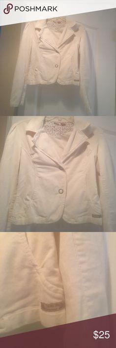 Blazer Cream color corduroy blazer. 98% cotton 2% spandex. UNIONBAY Jackets & Coats Blazers
