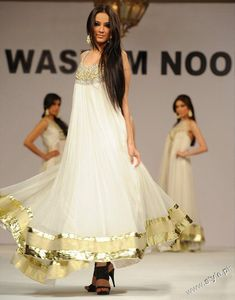 Waseem Noor Stunning Collection in Faislabad Fashion Show style.pk 001