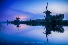 Dutch tale by Carlos M. Almagro