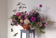 Florist Friday : Interview with Rachael Scott of Hedgerow | Flowerona