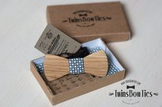 Wood bow tie PAVEL classic by TwinsBowTies, made of the wood OAK from Siberia. Pocket square inside. 100% hand made, eco-friendly product. A