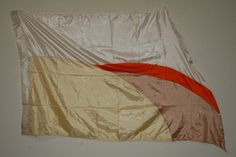 8 flags, 36x58, poly china- cream/parchment/carrot/beige