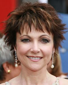 short hairstyles over 50 Glasses Short Shaggy Haircuts, Short Spiky Hairstyles, Short Choppy Hair, Messy Short Hair, Haircuts For Fine Hair, Short Hair With Bangs, Hairstyles Over 50, Short Hair Cuts For Women, Short Hairstyles For Women