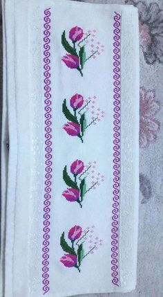This Pin was discovered by Yas Cross Stitch Borders, Cross Stitch Flowers, Cross Stitch Designs, Cross Stitching, Cross Stitch Embroidery, Hand Embroidery, Cross Stitch Patterns, Swedish Embroidery, Wedding Cross Stitch