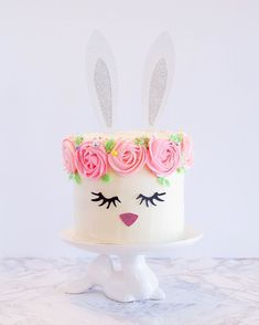 Bunny buttercream cake from The Sprinkle Sisters (@thesprinklesisters)