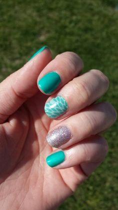 Jamberry Nails - Lotus, Diamond Dust Sparkle, and Hint of Mint Lacquer #lotusjn #diamonddustsparklejn #hintofmintlacquerjn