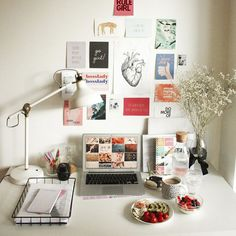 Design your own custom Personal Planner! Select your planner cover, layout, content and starting month. Add your own dates, to-do lists and much more to your planner. Workspace Desk, Desk Setup, Desk Space, Office Desk, Bedroom Workspace, Study Space, Work Desk, Desk Inspo, Workspace Inspiration