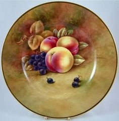 PORCELAIN FRUIT PLATE HAND-PAINTED BY WORCESTER ARTIST RICHARD BUDD