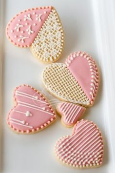 2014 Lace Heart Sugar Cookies, heart shaped valentine's day cookies #2014 #valentines #day #heart #sugar #cookies www.foodideasrecipes.com