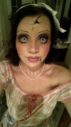 Impressively creepy female makeup designs for Halloween (20 Photos) : theCHIVE