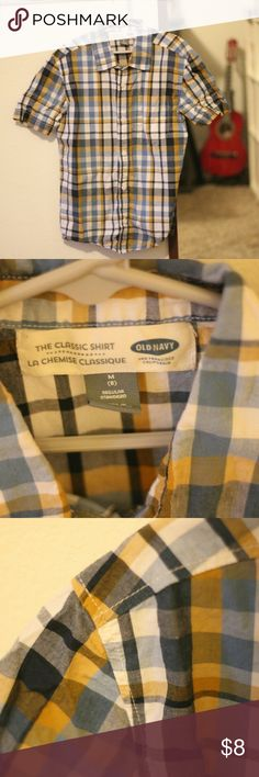 Boy's Old Navy Plaid Button Up Shirt - Medium (8) I bought a bunch of button up shirts for my son when he broke his arm. He only wore them a few times before outgrowing them. I would love to do a discounted bundle - send me an offer! Old Navy Shirts & Tops Button Down Shirts