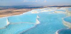 Com piscinas naturais, montanha turca parece feita de algodão; veja