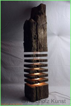 Great lamp made of wood. The wooden discs conjure up a wonderful light! Great lamp made of wood. The wooden discs conjure up a wonderful light! Lamp Design, Lighting Design, Design Art, Wood Projects, Woodworking Projects, Wood Furniture, Furniture Design, Fireplace Furniture, Wood Lamps