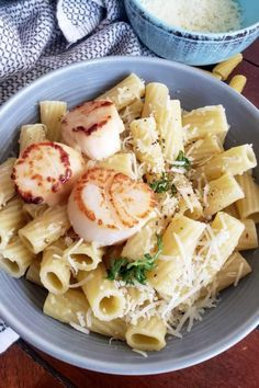This healthier Cacio e PePe is easy, ready in about 20 minutes and will surprise your family and friends with classic Italian flavors. This is one of my personal favorite Italian dishes. I crave the simplicity of the minimal ingredients every time the weather cools down. My version is slightly healthier than the classic. #EasyRecipes #HealthyMeal Paleo Fish Recipes, Lunch Recipes, Healthy Dinner Recipes, Shellfish Recipes, Seafood Recipes, Other Recipes, Whole Food Recipes, Health Lunches, Healthiest Seafood