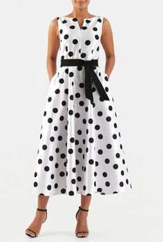 A split neck tops our polka dot print polydupioni dress designed with a fitted bodice and sash tied waist atop a full flared skirt. 70s Fashion, Fashion Over, Women's Fashion Dresses, African Fashion, Modest Dresses, Casual Dresses, Dresses For Work, Custom Dresses, Smocked Dresses