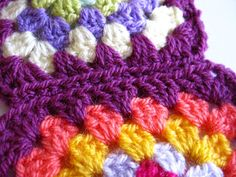 Bunny Mummy: Sewing Granny Squares Together