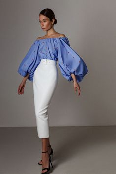 from LN family High Fashion Outfits, Crop Top Outfits, Classy Outfits, Fashion Dresses, Womens Fashion, Clothing Hacks, Simple Dresses, Dress To Impress, Fashion Looks