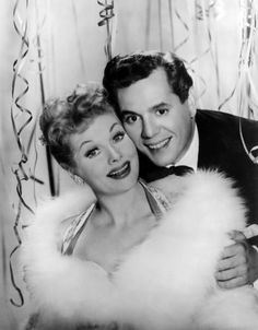 Lucille Ball and Desi Arnaz I love you guys Divas, Lucy And Ricky, Lucy Lucy, I Love Lucy Show, Queens Of Comedy, Lucille Ball Desi Arnaz, Famous Couples, Old Hollywood, Hollywood Glamour