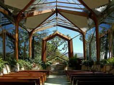 Wayfarer's Chapel (glass church) in Rancho Palos Verdes, designed by Frank Lloyd Wright, Jr.  A study in organic architecture at its best!