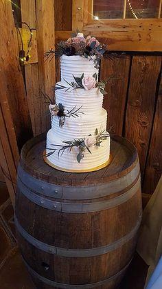 lesleyscreativecakes | Wedding Cakes