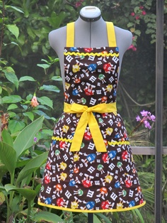 Retro M's Fun Apron Ready to ship by ApronsByVittoria on Etsy, $30.00