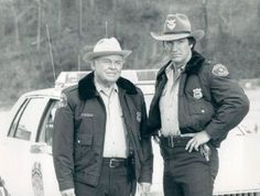 Carroll O'Connor/Chief Gillespie - Alan Autry/Bubba Skinner