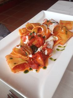 Pasta with tomatos and bufala cheese