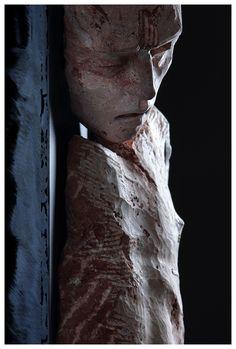 Christian Zucconi, FRAMMENTO (2013).  Travertino persiano e ferro.  www.christianzucconi.it