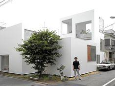 Edmund Sumner reveals archive photographs of Ryue Nishizawa's seminal Moriyama House