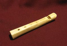 The flute plays a scale from C to G, with a B below the C if the bottom end is covered halfway, and a G# if overblown. - Boil the bone to remove remaining flesh and scrape out remaining marrow. Cut the part that whistles.To tune, drill little holes every inch, and then make them bigger in whichever direction they need. Sharpen by drilling the hole a little closer to the mouth piece. Flatten by fill up the top part of the hole. (See G note).  Tutorial…