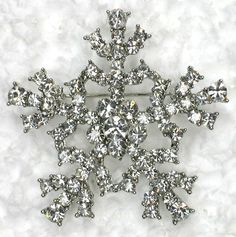 Wholesale Snowflakes Pin Brooch - for candles or place cards?