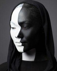 einmalige halloween schminken ideen schwarz weißes gesicht