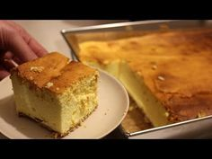 Sernik, który będzie wszystkim smakował - Słodka Czarodziejka - YouTube Cornbread, Baked Goods, Sweets, Baking, Ethnic Recipes, Youtube, Food, Crack Cake, Hipster Stuff