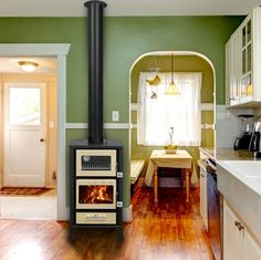 1000 images about small stove wood heat on pinterest - Wood burning stoves for small spaces gallery ...