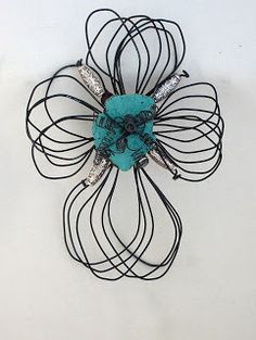 Kana's Korner Unique, Upcycled Art: Upcycled Wire Wall Crosses