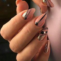 and Beautiful Nail Art Designs Classy Nails, Stylish Nails, Trendy Nails, Gold Nails, Nude Nails, Nail Art Printer, Gel Nail Designs, Nails Design, Cute Acrylic Nails