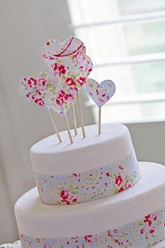 DIY Wedding Cake Topper. For step by step instructions visit http://www.modernwedding.com.au/category/wedding-diy/ #DIY #caketopper