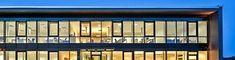 Planer, My Dream House, Patio, Hip Roof, Ground Floor, Floor Layout, Classic Living Room, Wood Furnace, Farmhouse