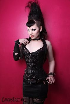 Stunning gothic doll!