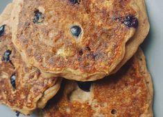 Áfonyás-karamellás zabpali 8db - NAGYON JÓ Pancakes, Breakfast, Food, Morning Coffee, Eten, Meals, Pancake, Morning Breakfast, Crepes