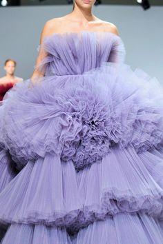 Giambattista Valli Fall / Winter 2016 Haute Couture // INSPIRATION // TUCSON FASHION WEEK #TUCSONFW