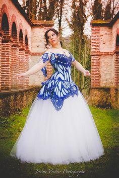Robe de mariée | Esaïkha Création – Costumes, corsets et robes de mariée sur-mesure