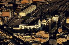 YannArthusBertrand2.org - Fond d écran gratuit à télécharger || Download free wallpaper - La gare d'Oran, Algéria