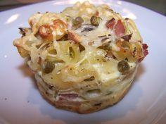 Muffins jambon, pâtes / coquillettes et légumes. (plutôt 200 g pâtes et 150 g petits pois?)