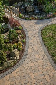 What does your dream outdoor oasis look like? Design yours today with beautiful Cambridge Pavingstones with ArmorTec Installation: Meyer for Hire