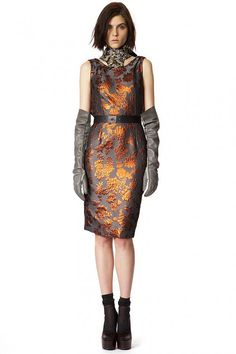 Vera Wang | Pre Fall 2013  Via: http://fashioncherry.co/vera-wang-pre-fall-2013/  One of FashionCherry's favourite #designers, Vera Wang, has designed a lavish #Pre-Fall 2013 collection inspired by the Asian culture.