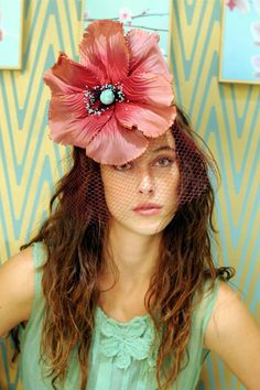 Ref. 04.41 Floral Fascinators, Floral Headpiece, Mad Hatter, Fancy Hats, Church Hats, Love Hat, Classy And Fabulous, Red Poppies, Headgear