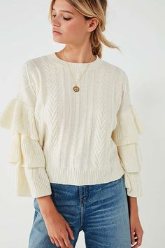 Slide View: 1: UO Cable Knit Ruffle-Sleeve Sweater