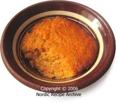 Finnish carrot casserole - or kugel - the classic recipe with milk