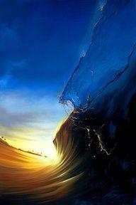 Bellísima fotografía de una ola.